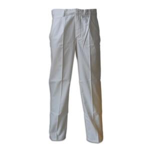 Le pantalon de peintre en coton blanc